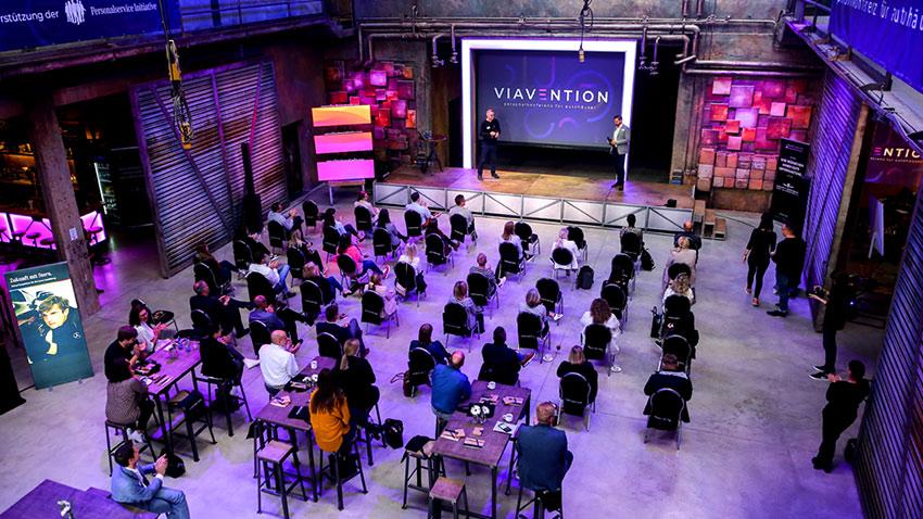 Rückblick VIAVENTION 2021 - Personalkonferenz für Autohäuser von VIASONA - Die Antwort auf jede Personalfrage im Autohaus
